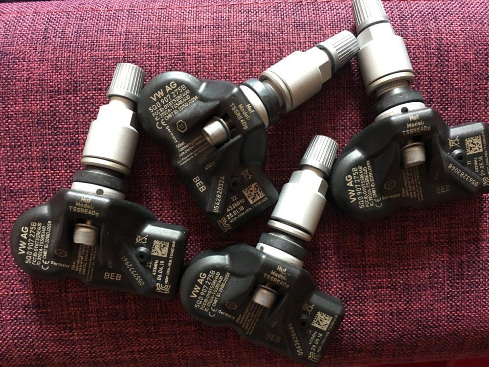 Датчики давления шин Skoda Karoq 5Q0907275B