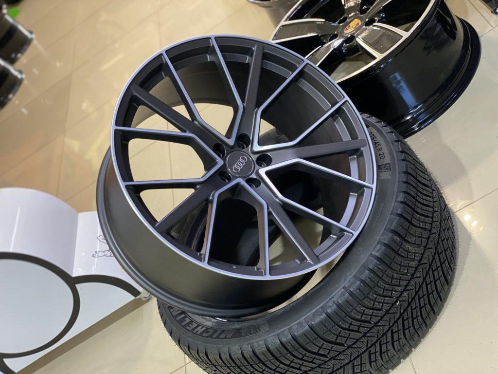 Кованые диски Audi RSQ8 R22