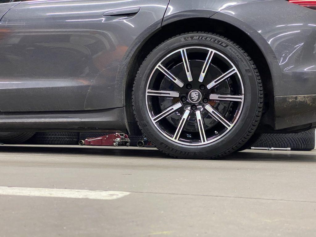 Литые диски Porsche Taycan Turbo