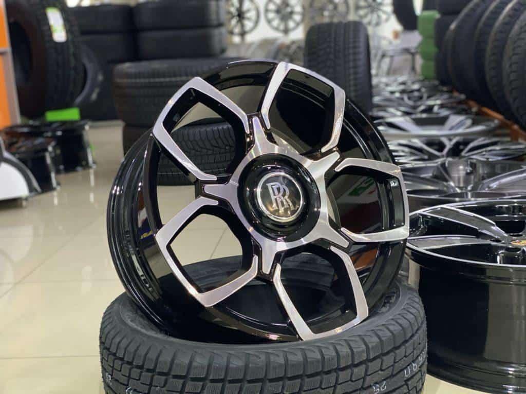диски Rolls Royce Cullinan