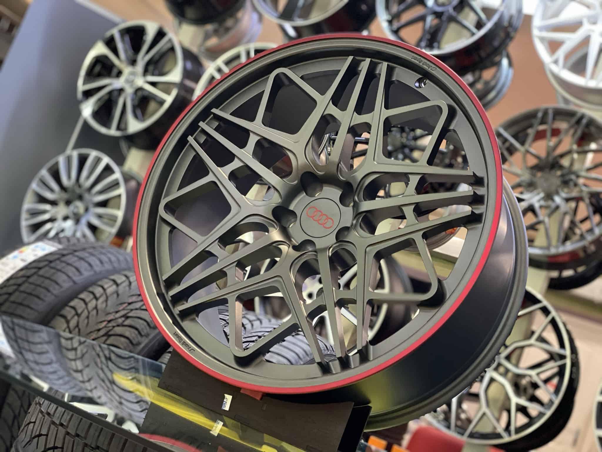 Диски Audi RSQ8 R22