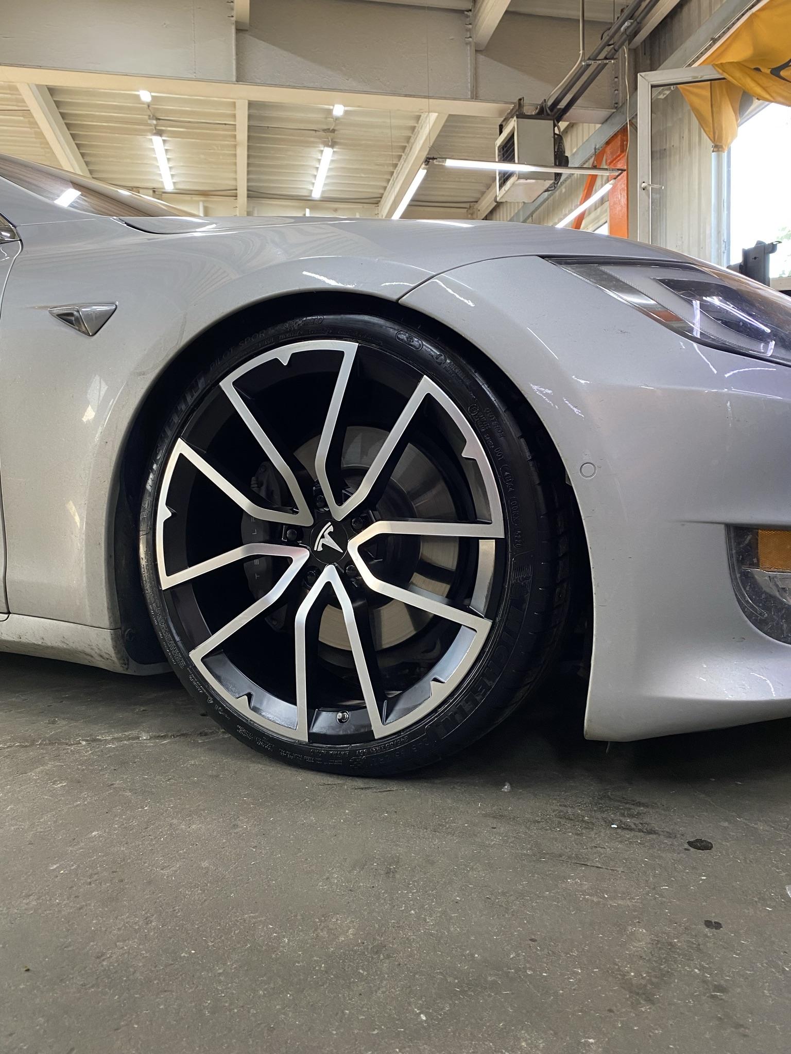 Кованые диски Tesla Model S