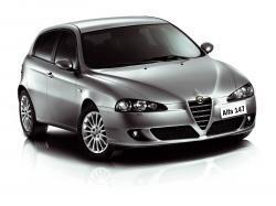 Фото Alfa Romeo 147 2000