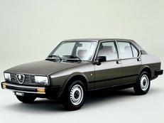Фото Alfa Romeo Alfetta 1978