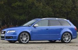 Фото Audi RS4 2008