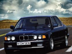 Фото BMW 7 Series 1993