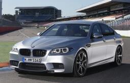 Фото BMW M5 2011