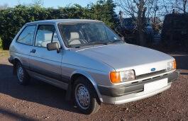 Фото Ford Fiesta 1988