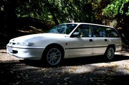 Фото Holden Commodore 1993