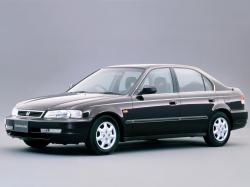 Фото Honda Domani 1998