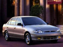 Фото Hyundai Accent 1999