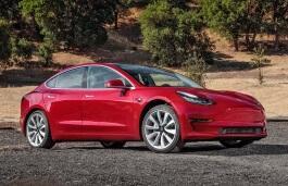 Фото Tesla Model 3 2018