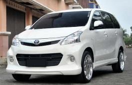 Фото Toyota Avanza 2012