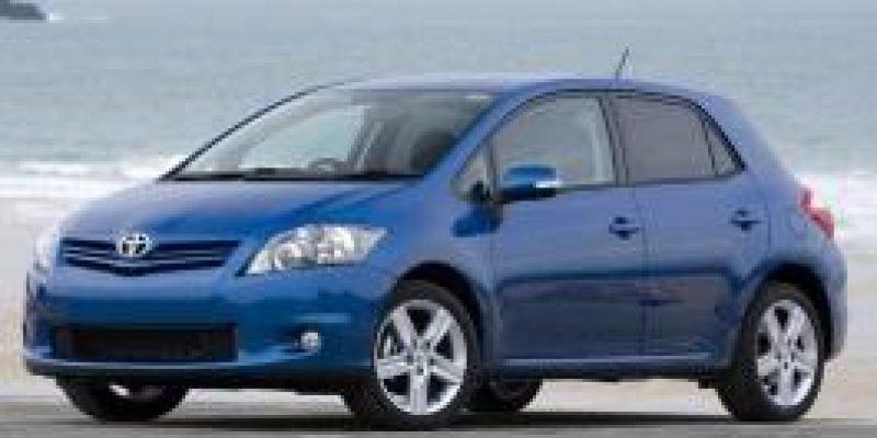 Фото Toyota Auris 2011
