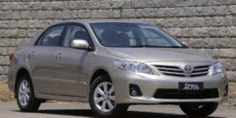 Фото Toyota Corolla Altis 2011