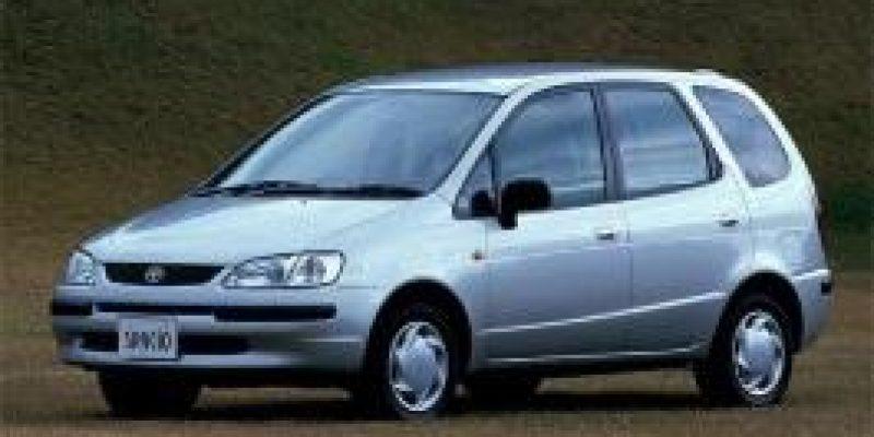 Фото Toyota Corolla Spacio 1997